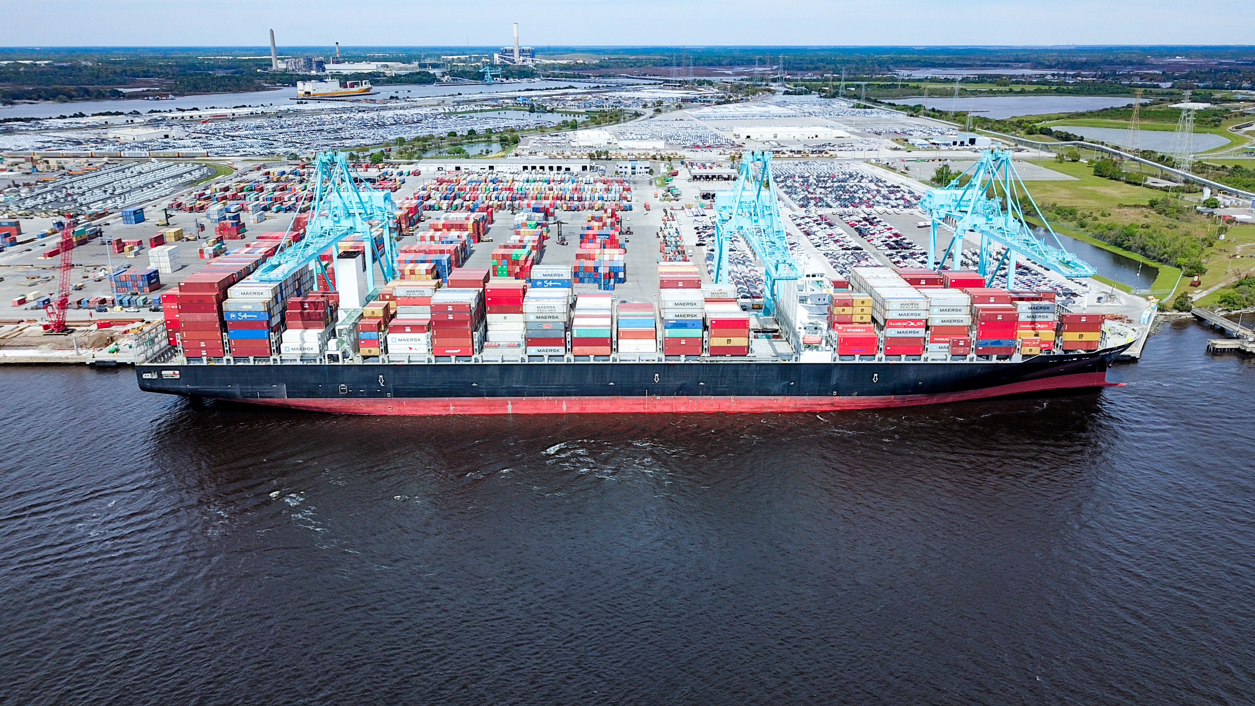 Largest Cargo Ship >> Jaxport Sets Record With Largest Container Ship To Call Jacksonville